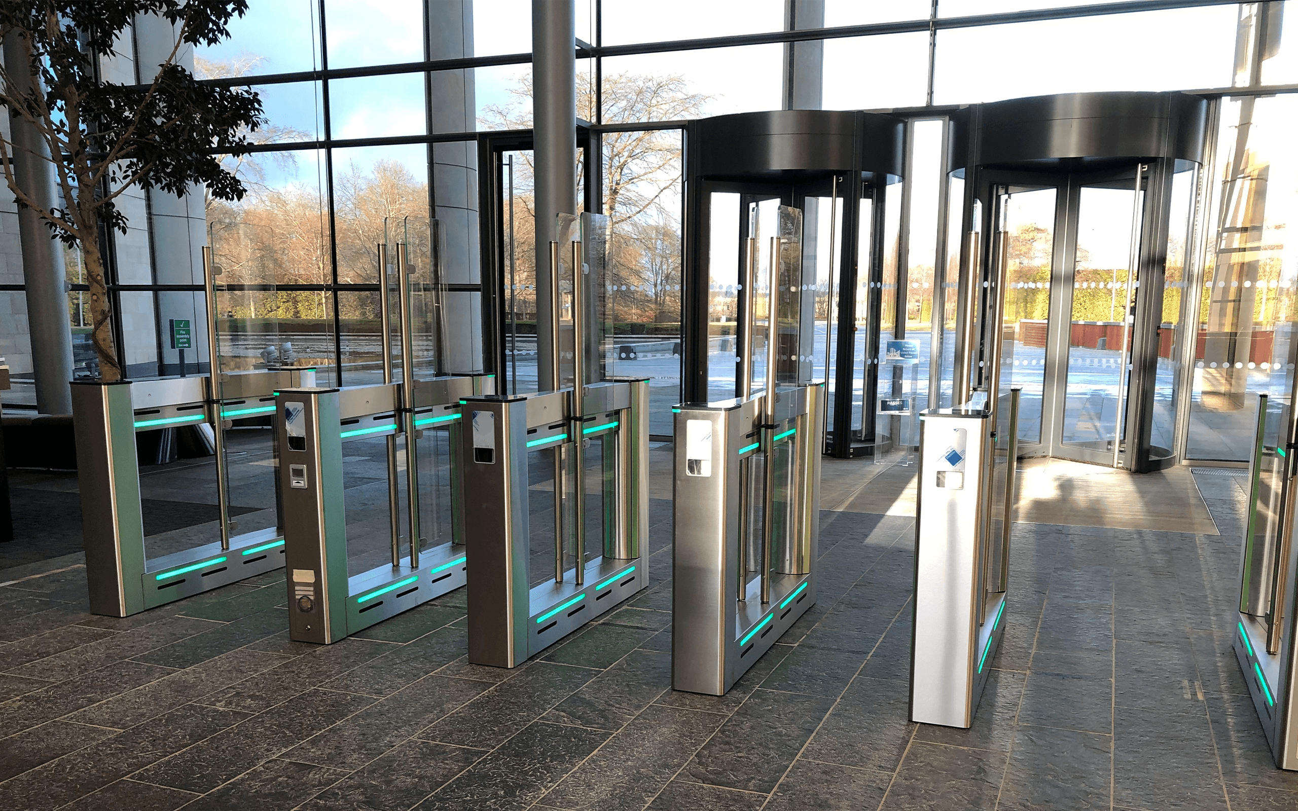 Speed Gates-Associated Security Speed gate solutions
